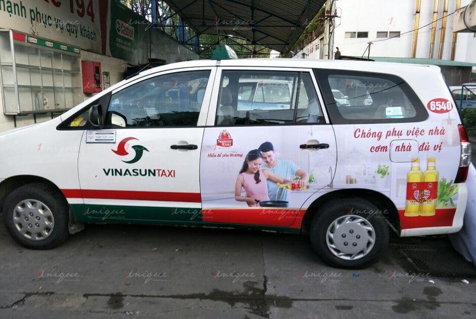 báo giá quảng cáo trên xe taxi